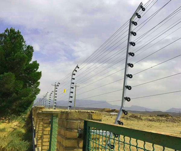 پروژه فنس الکتریکی تصفیه خانه قم
