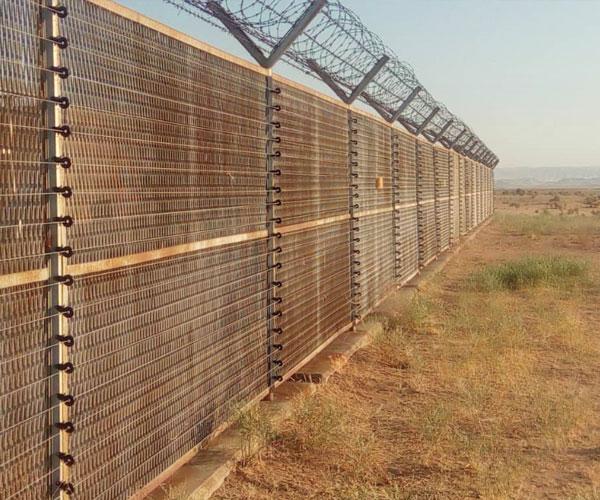 پروژه فنس الکتریکی پالایشگاه هاشمی نژاد